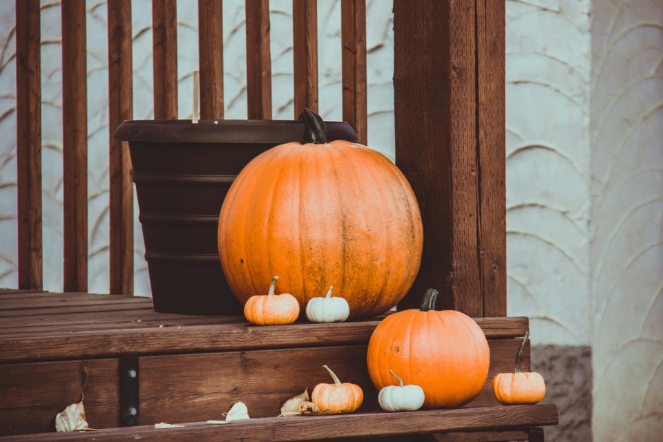 halloween decoration ideas, custom home builder in kenosha county, hagen homes